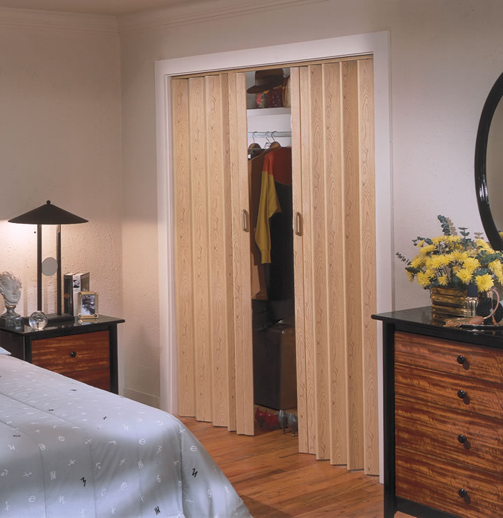 22 Accordian Doors Ease And Beauty Interior Exterior Ideas