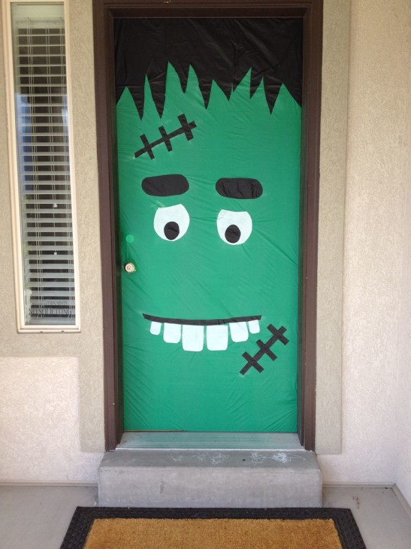 halloween door decorations 2