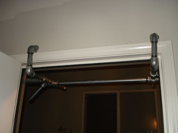 pull up bar door frame 1