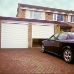 10 Crucial Things to Know When Looking For Roll Up Garage Doors