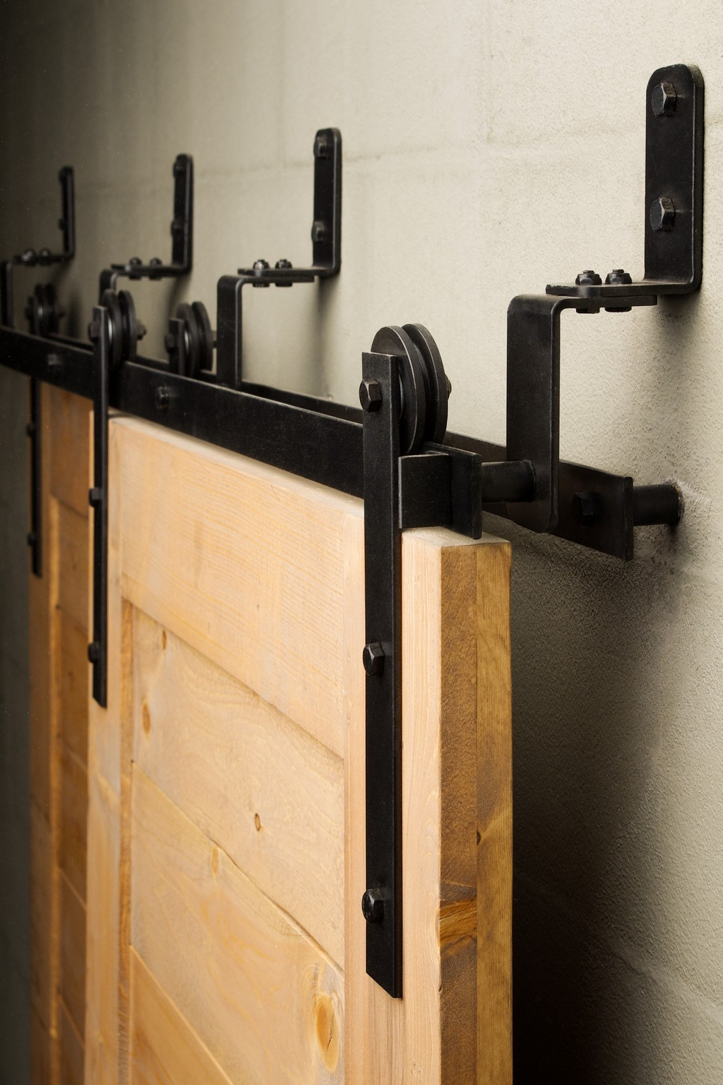 21 Exciting ways to use sliding door hardware to spruce up ...