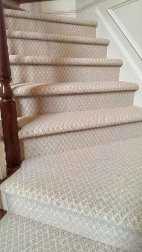 Berber-carpet-runner-for-stairs-photo-7