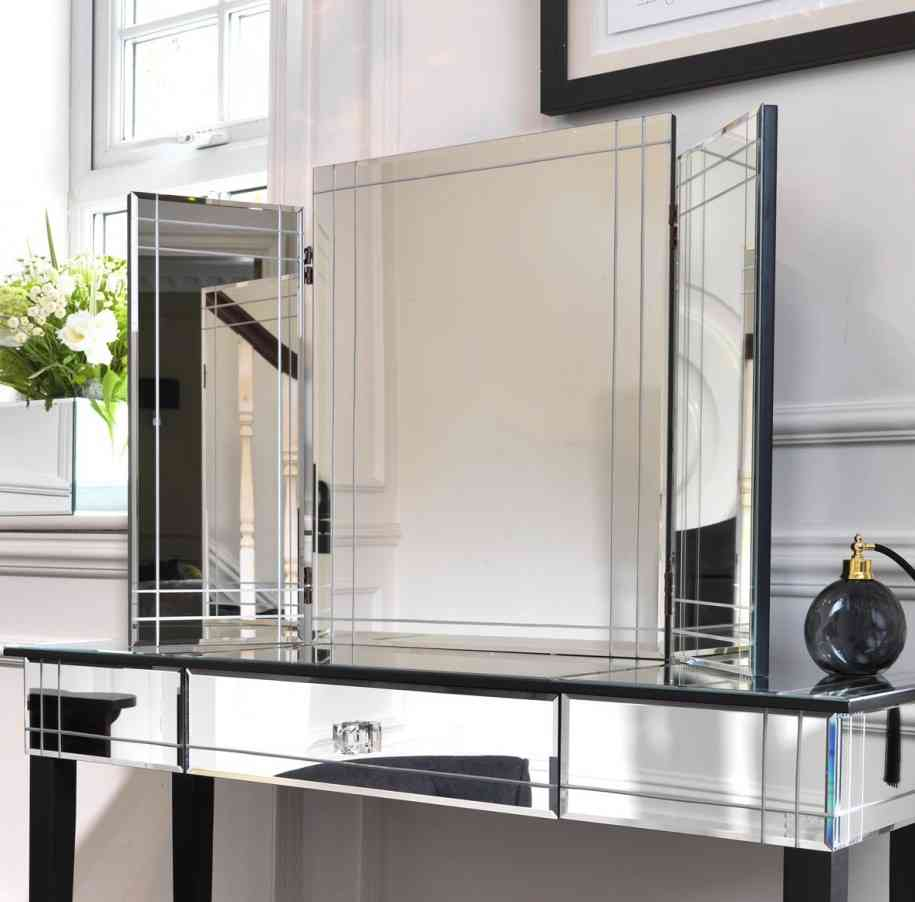 Black Mirrored Glass Bedroom Furniture