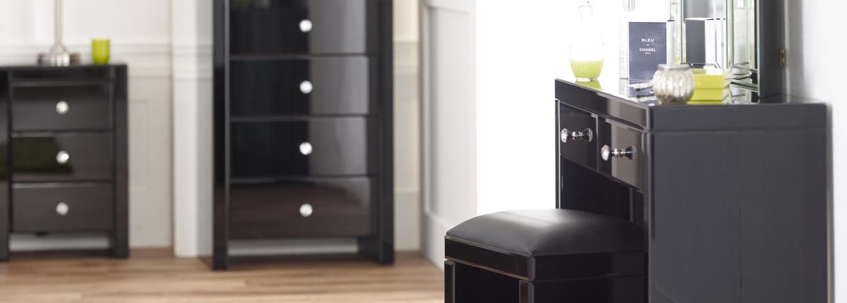 black-mirrored-glass-bedroom-furniture-photo-12