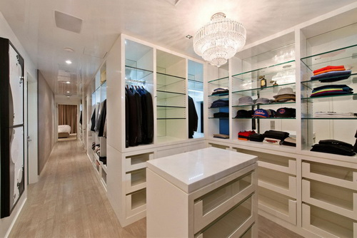 Contemporary-walk-in-closet-design-photo-10