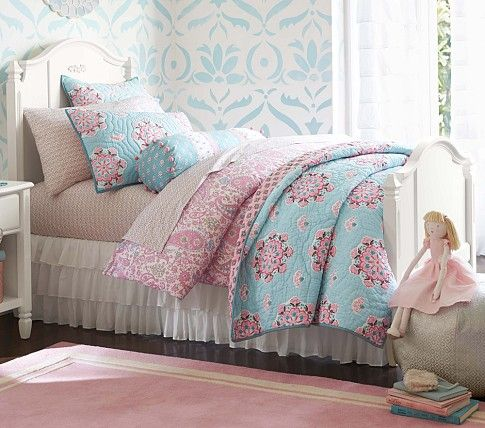 Daybed-bedding-sets-pottery-barn-photo-9