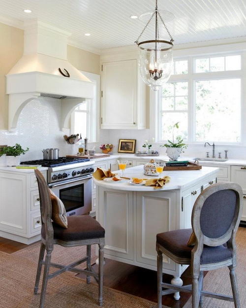 French-country-kitchen-bar-stools-photo-10