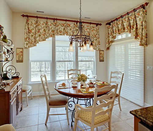 French-country-kitchen-curtains-photo-7