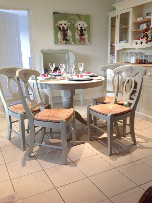 French-country-kitchen-tables-and-chairs-photo-7