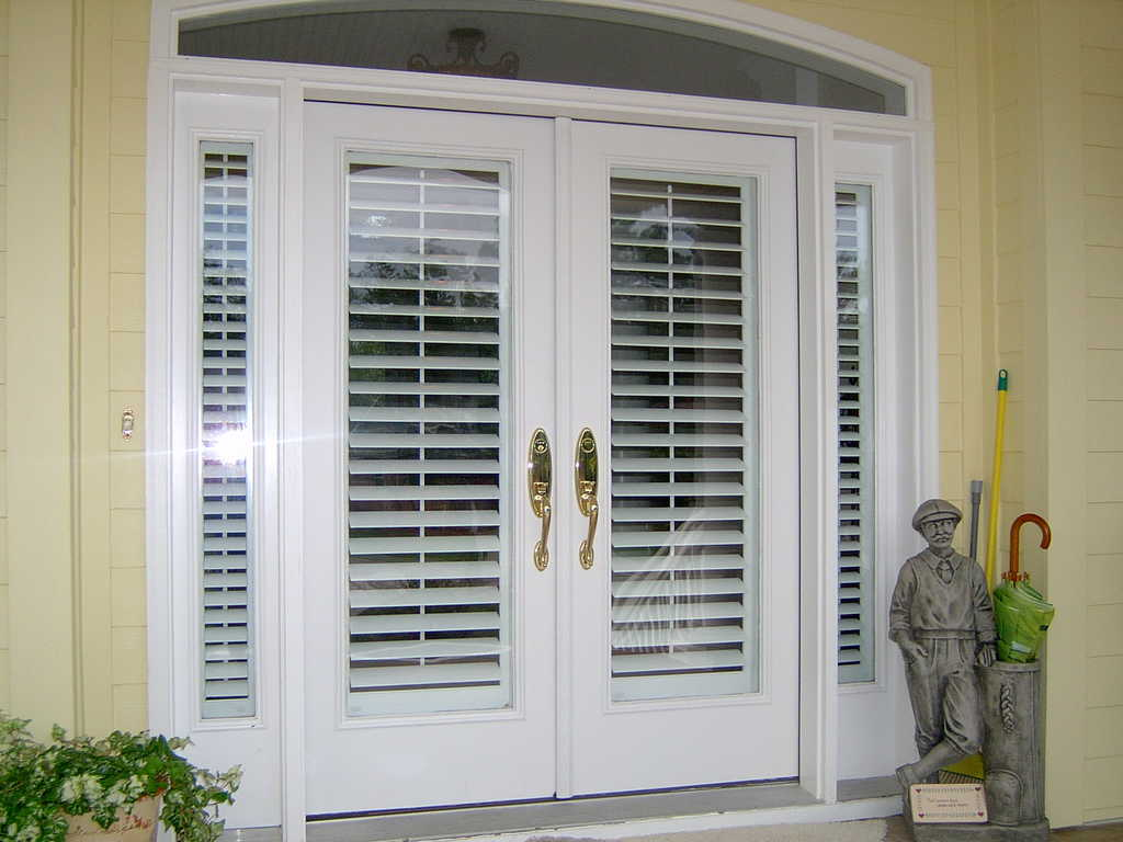 french-doors-interior-blinds-photo-14