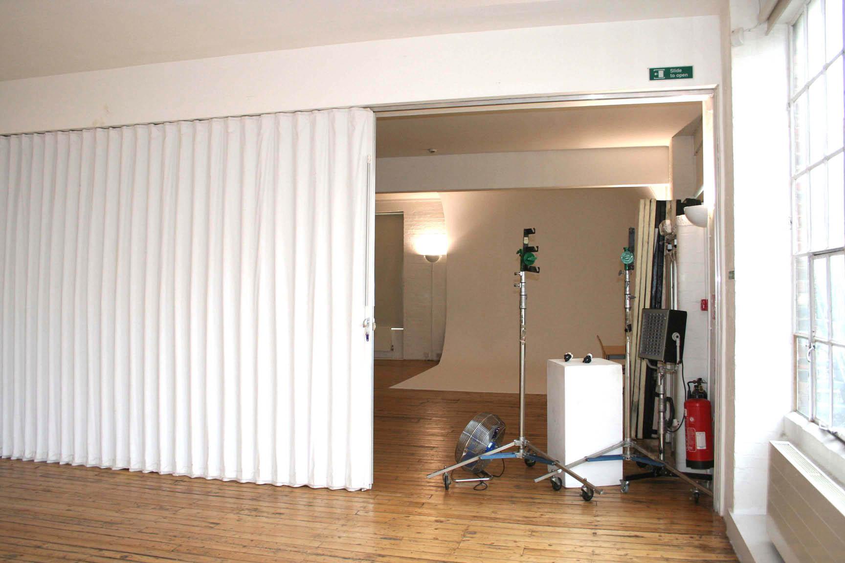 interior-sliding-doors-room-dividers-photo-14