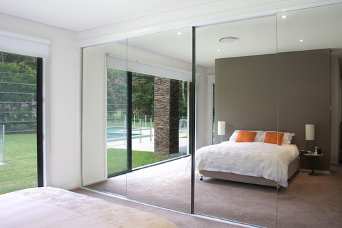interior-sliding-mirror-doors-photo-10
