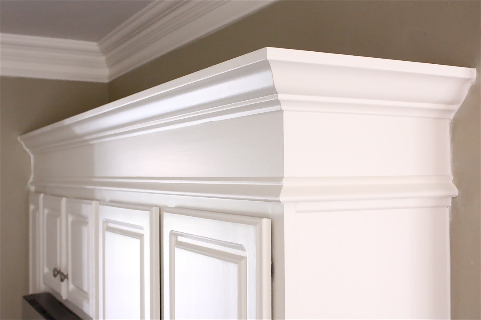 TOP 10 Kitchen cabinets molding ideas of 2019