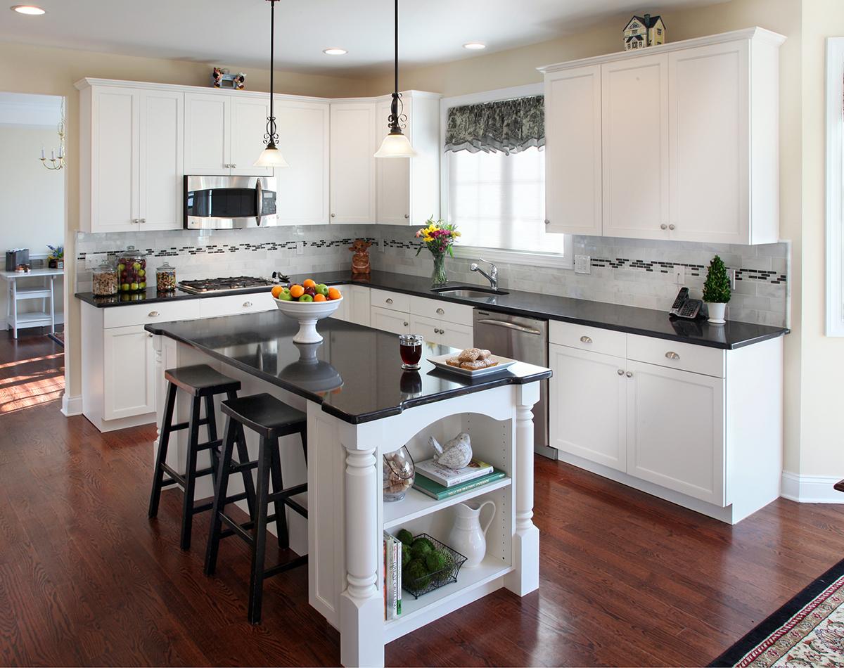 kitchen-white-cabinets-dark-countertops-photo-5