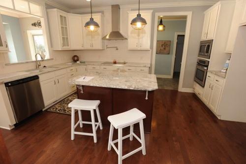 L-shaped-kitchen-layouts-with-island-photo-10