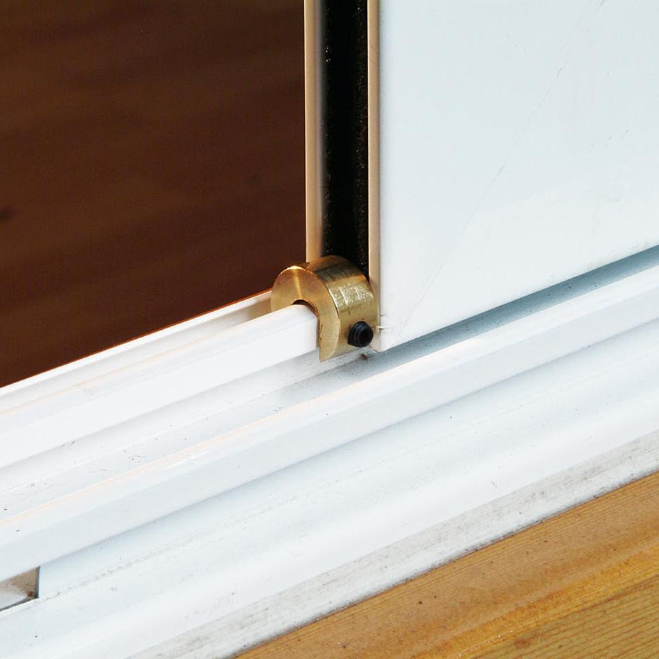 mirrored-sliding-closet-door-lock-photo-4