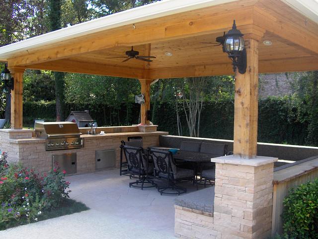 outdoor-kitchen-gazebo-photo-17