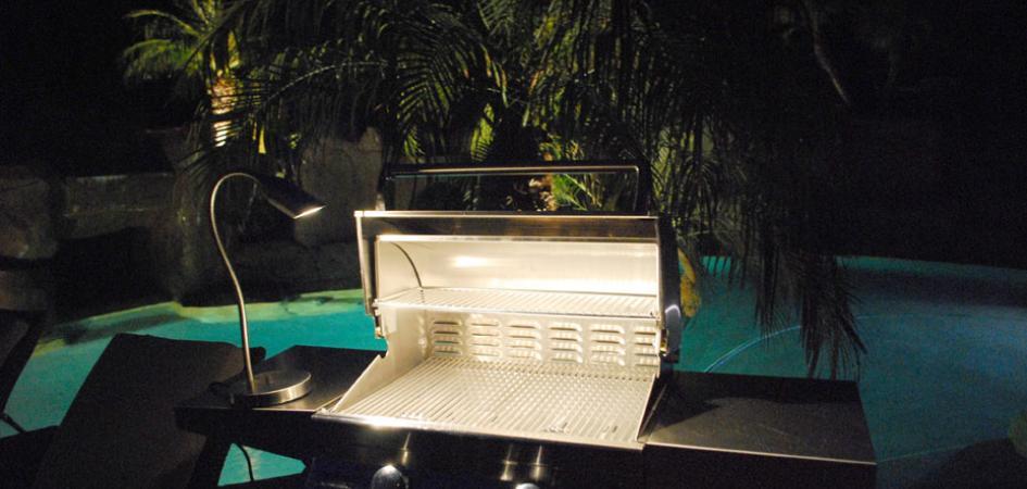 outdoor-kitchen-lighting-photo-11