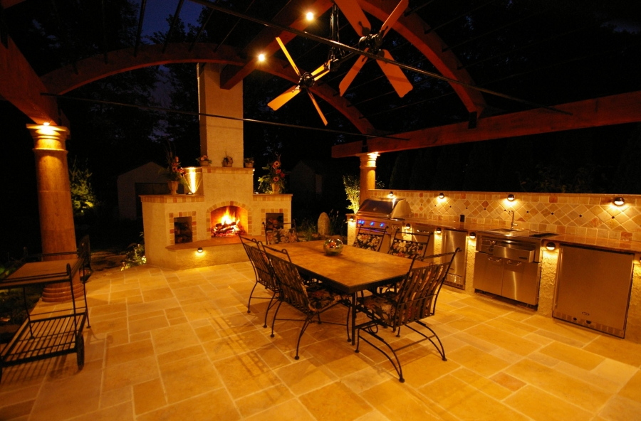 outdoor-kitchen-lighting-photo-13