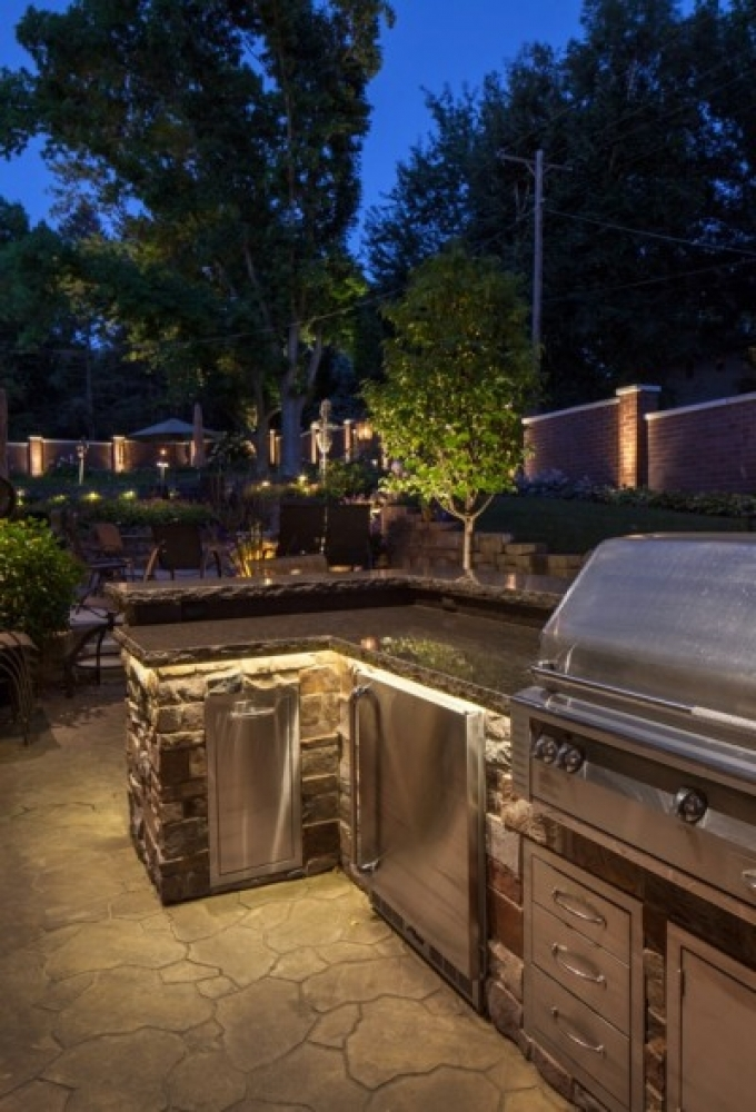 outdoor-kitchen-lighting-photo-16