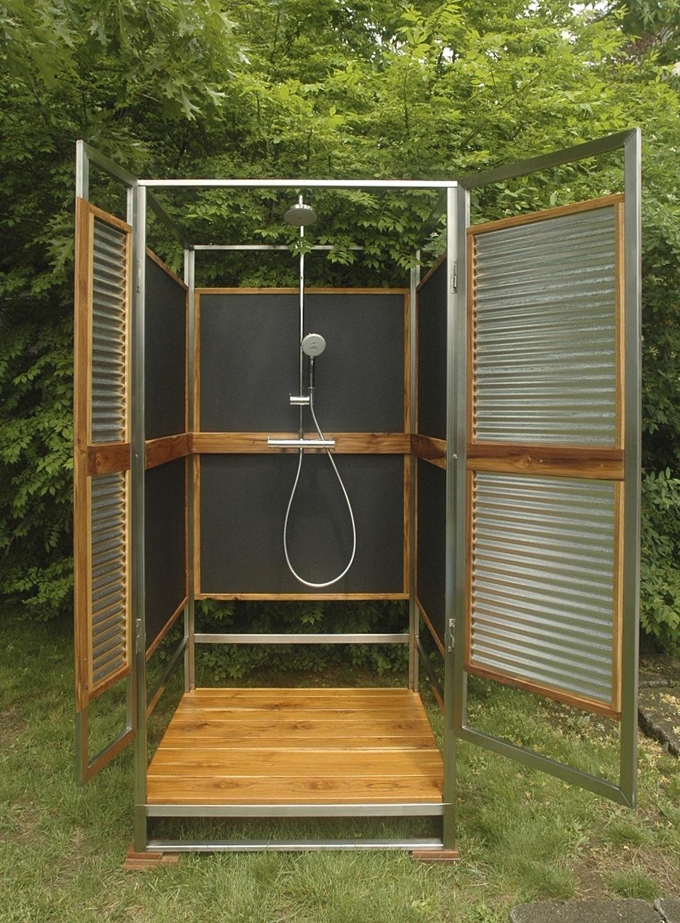 outdoor-shower-door-photo-11