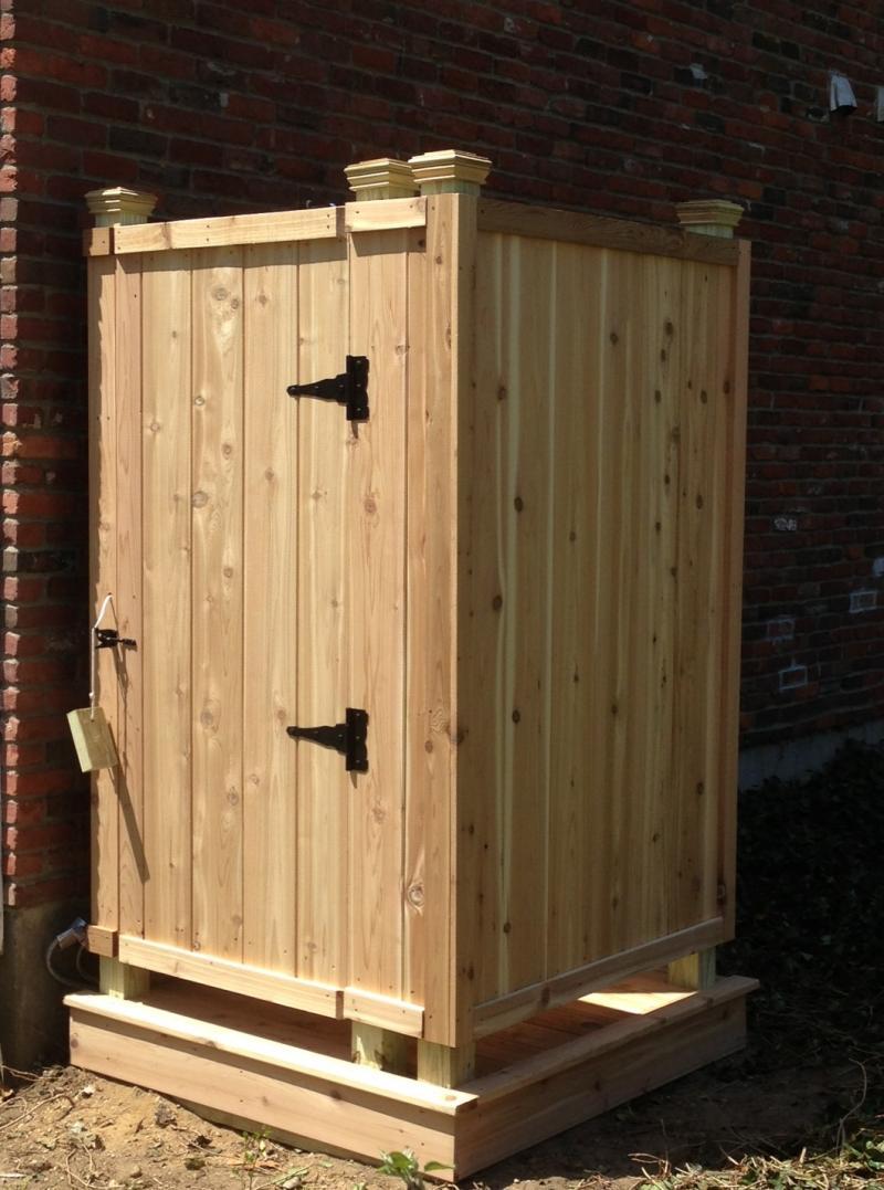outdoor-shower-door-photo-12