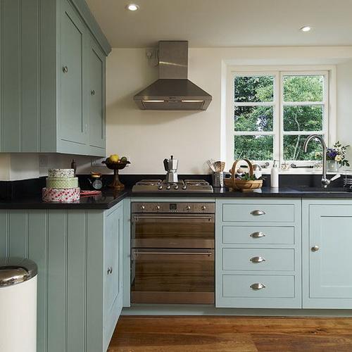 Painting-kitchen-cabinets-good-idea-photo-15