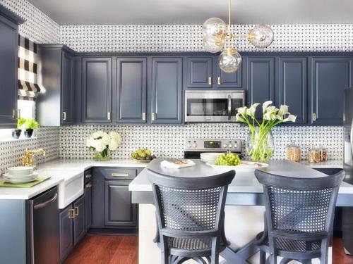 Painting-kitchen-cabinets-good-idea-photo-22
