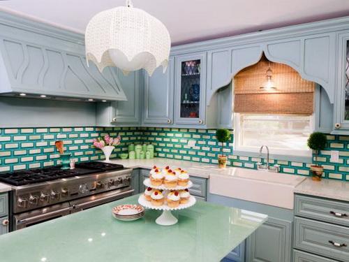 Painting-kitchen-cabinets-good-idea-photo-25