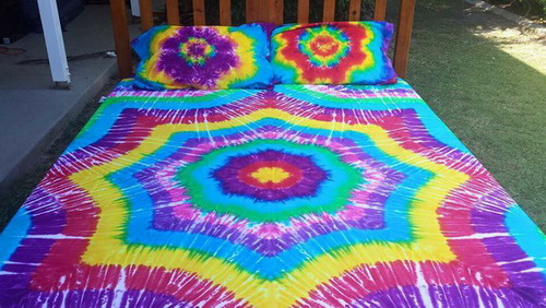 Rainbow-tie-dye-bedding-photo-5