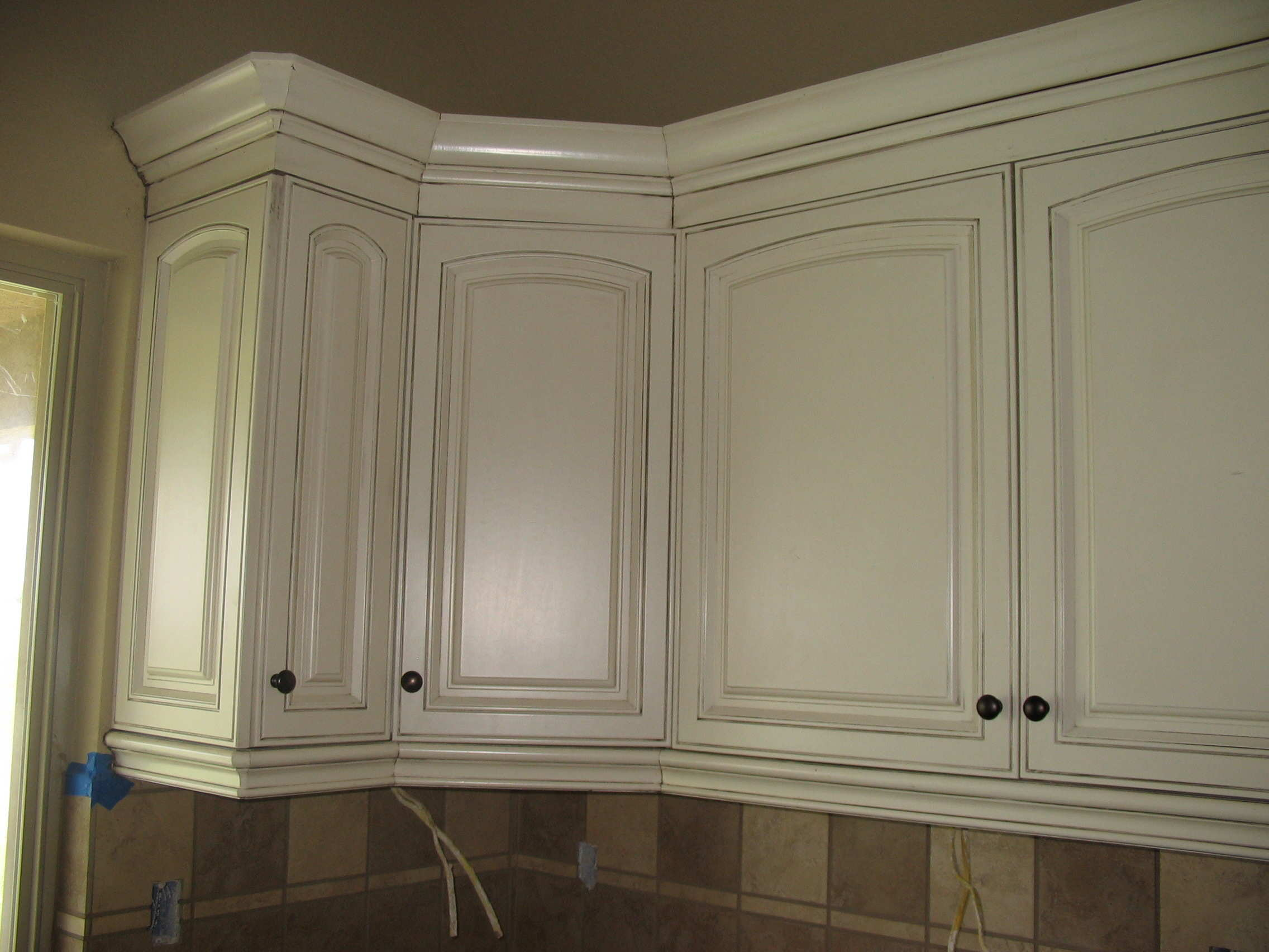 kitchen cabinet stain | Restaining kitchen cabinets gel stain - 16 methods of ...