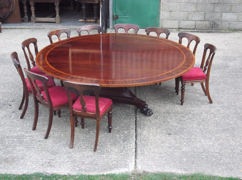 Round-dining-tables-for-12-photo-3
