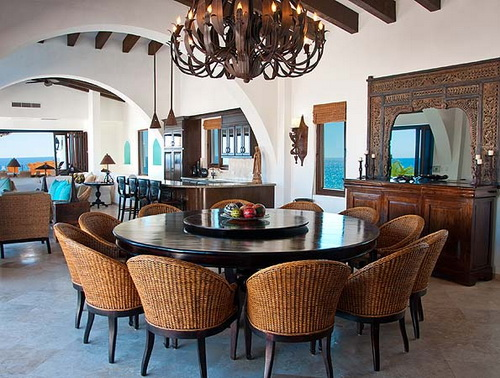 Round-dining-tables-for-12-photo-4