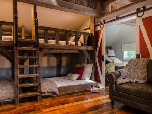 rustic-bedroom-furniture-for-kids-photo-10