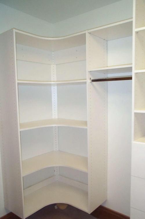 Small-walk-in-closet-design-layout-photo-8