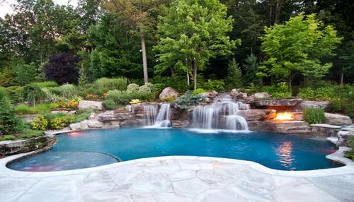 Swimming-pool-backyard-photo-15