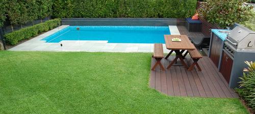 Swimming-pool-backyard-photo-19