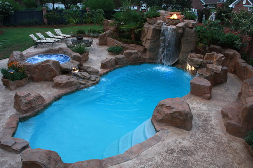 Swimming-pool-backyard-photo-21