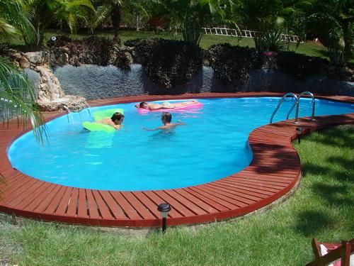 Swimming-pool-backyard-photo-23