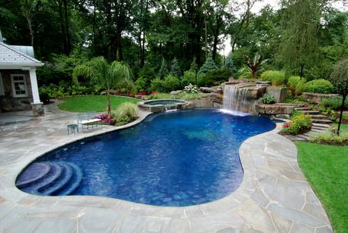 Swimming-pool-backyard-photo-8