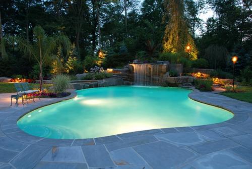 Swimming-pool-backyard-photo-9