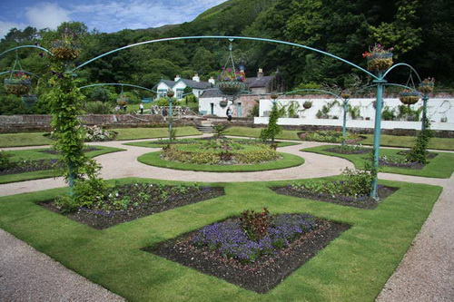 Victorian-garden-design-ideas-photo-10