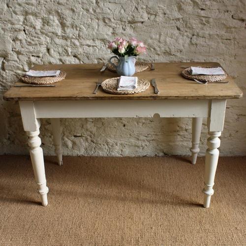 Vintage-kitchen-table-photo-8