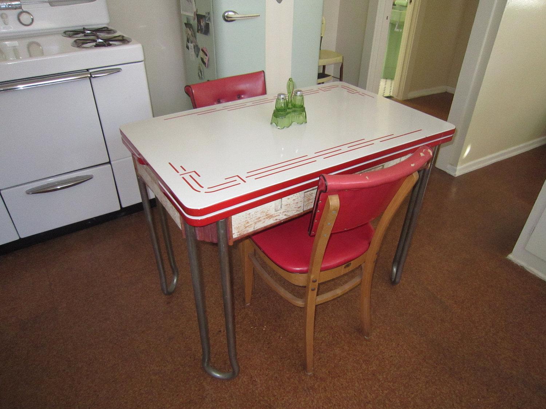 vintage-porcelain-kitchen-tables-photo-9