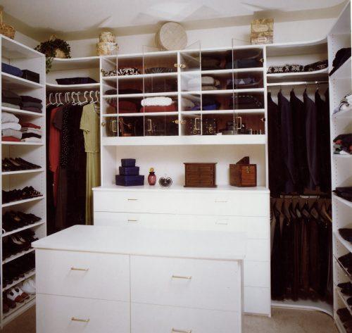 walk-in-closet-and-bathroom-ideas-photo-14