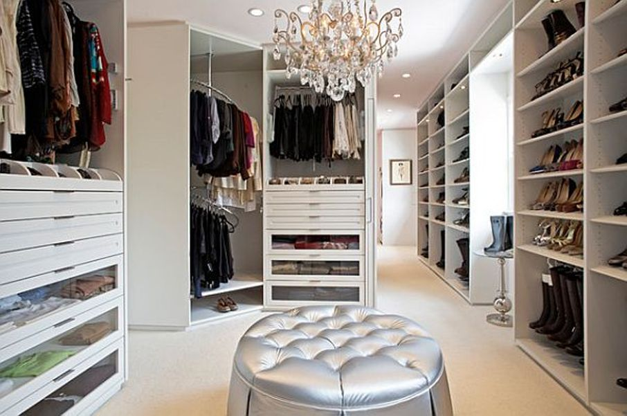 walk-in-closet-decorating-ideas-photo-6