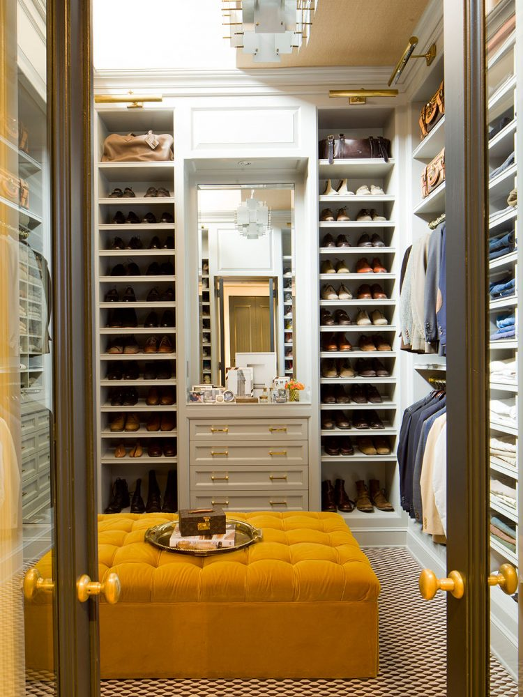 walk-in-closet-decorating-ideas-photo-7
