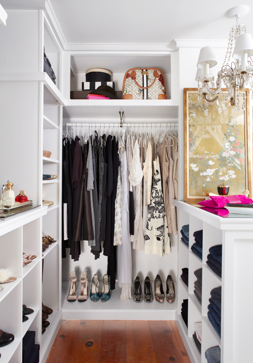 walk-in-closet-decorating-ideas-photo-8