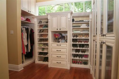 Walk-in-closet-design-plans-photo-2