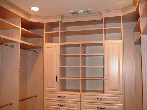 Walk-in-closet-design-plans-photo-7
